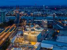"""ECE und STRABAG Real Estate stellen Rohbau für Hotelgebäude """"Southern Cross"""" in der MesseCity Köln fertig"""