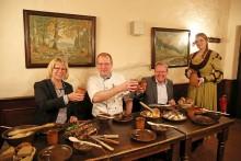 """Speisen wie zu Luthers Zeiten: """"Barthels Hof"""" serviert ab 1. Januar 2017 ein außergewöhnliches Familienessen"""