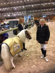 Drygt  52 000 kronor till Almers hus under Elmia Scandinavian Horse Show
