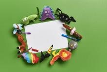 Børns tegninger bliver til tøjdyr i IKEA: Se de fantastiske forvandlinger