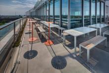 Nola möblerar terrassen på prisbelönta Biomedicum