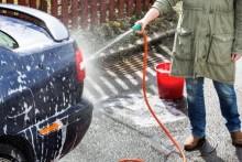 Tvätta bilen på macken istället för minskad miljöpåverkan