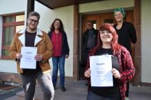Soziale Berufe mit Aussicht: Hephata-Akademie verabschiedet Erzieherin und Heilerziehungspfleger