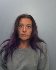 Woman jailed for drug offences – Newbury