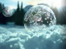 Zamarzające bańki mydlane nagrane przez Sony w 4K