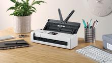 Pienikokoiset Brother työpöytäskannerit tehokkaaseen digitointiin liikkuvalle työntekijälle