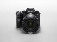 Revolucionarni fotoaparat Alpha 1 označuje začetek novega obdobja profesionalnega upodabljanja