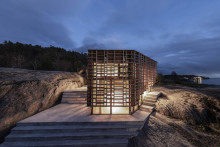 STRIKING VACATION HOME RECENTLY COMPLETED ON THE ISLAND OF SKÅTØY