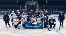 Eiszeit in München: einmaliges Eishockey-Event mit Schmetterling, driveFTI und Allianz Partners