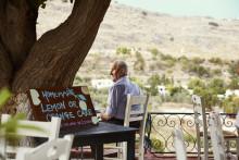 Apollo udvider på Grækenland