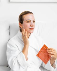 NYHET - Dr. Dennis Gross C + Collagen Biocellulose Brightening Treatment Mask