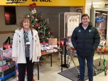 London Northwestern Railway thanks generous Watford Junction passengers for Christmas present donations