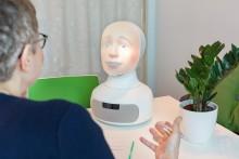 Upplands-Bro kommun tar nästa steg i fördomsfri rekrytering med intervjuroboten Tengai