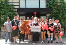 Schüler des BZ 1 backen Kuchen für Bärenherz