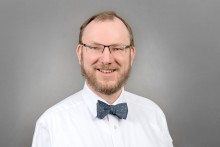 Prof. Dr. Onno Janßen erhält Asklepios Lehrpreis 2018/2019