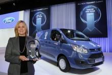 """Nye Ford Transit Custom ble kåret til """"Internasjonal varebil 2013"""""""