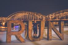 Kölle bei Nacht: Köln RUN wird 2019 zum Night RUN