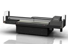 Allsidig og produktiv nyhet for grafisk, skilt- og dekorbransje - Ricoh Pro TF6250 UV flatbed