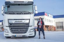 DAF-importören väljer Strands Lighting Division