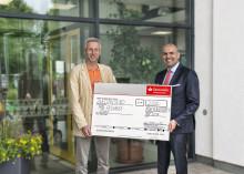 Santander spendet 2 000 Euro an Paul-Aldinger-Schule