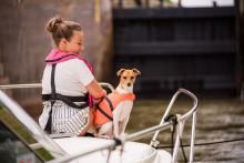 Båtägarna planerar för sommar på Göta kanal.