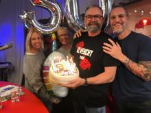 Vakna med NRJ firar Adam Alsing 50 år!