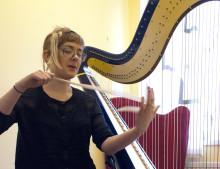 Komposition via harpa och Skype