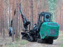 """David statt Goliath: Kleinharvester-Demonstrator von TH-Holzlogistikern und Projektpartnern auf der Fachmesse """"Interforst"""" in München"""