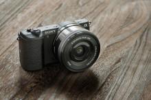 Супербыстрая автофокусировка с камерой Sony α5100