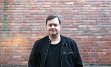 Profilert komiker med ny serie på Viafree