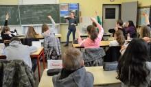 Kreislaufwirtschaft im Unterricht - Westfalen Weser Energie bringt Schulprojekt in weiterführende Schule in Aerzen