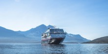 Launching 10 new Antarctica sailings with MS Midnatsol in 2016/2017