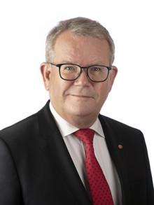 Kommunfullmäktiges ordförande Anders Teljebäck (S) inför kommunfullmäktige 6 maj