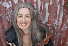 Världskända miljöjuristen Polly Higgins har landat i Stockholm! Hon går i Palmes fotspår och på torsdag kl 16 tar hon emot Utstickarpriset 2016
