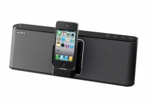 Musikgenuss für drinnen und draußen: Sony stellt drei neue Docking Stationen für iPod/ iPhone vor