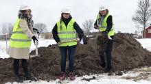 TV: Första spadtaget för Almunge vårdcentral