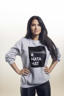 Kärleken är enorm - 25.000 #hatahat-tröjor delas ut i kampen mot näthat