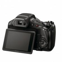 Zoom più profondo con minor sfocatura e video Full HD con le Cyber-shot™ HX100V e HX9V