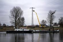 Bayernwerk baut Freileitung in Niederalteich ab – Mastspitze wandert ins Museum