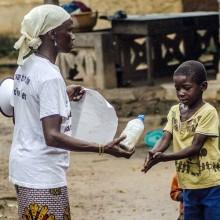 Kvinnor leder ActionAids svar på Covid-19-krisen