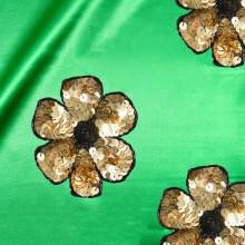 En doft av couture - en utställning på NK