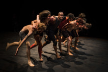 - Vilket är ditt ansvar? Dans som roar och oroar på NorrlandsOperan i Umeå
