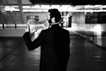 Ilya Gringolts uruppför Albert Schnelzers Violinkonsert