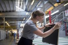 Återvunna PET-flaskor blir nytt kök hos IKEA