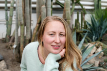 """Helga Songøygard Battin debuterer med romanen """"Rosehagtornen"""""""