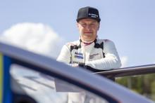 Dubbel världsmästare i skotercross är nästa gästförare i Porsche Carrera Cup Scandinavia.