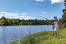 Verwandle das Smartphone in einen mobilen Fishfinder – mit dem neuen auswerfbaren Echolot STRIKER Cast
