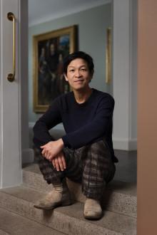 """Danh Vo udvælger Nivaagaards Malerisamling som sit """"sted"""" i verdensomspændende udstilling af Felix Gonzalez-Torres værk  """"Untitled"""" (Fortune Cookie Corner). Åbner i dag den 25. maj!"""