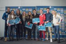 Tiril og Tarjei delte ut DNB-stipend til unge, lovende skiskyttere