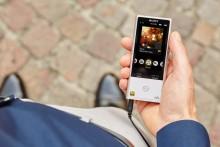 Nyt musikk med høyoppløst lyd på farten med Sony Walkman